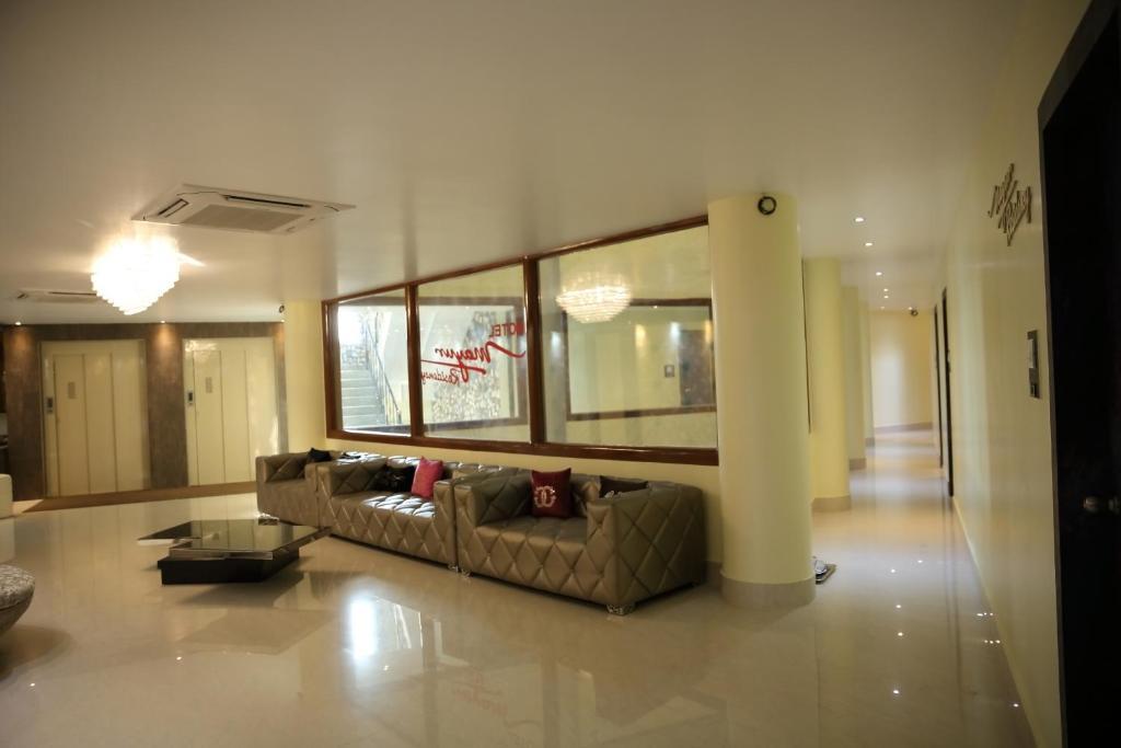 Mayur Residency Hotel