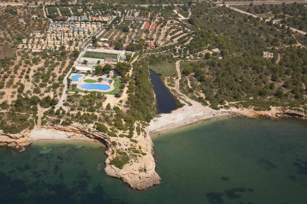 A bird's-eye view of Camping Ametlla