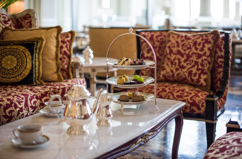 Hotel Palazzo Versace Dubai Uae Booking Com