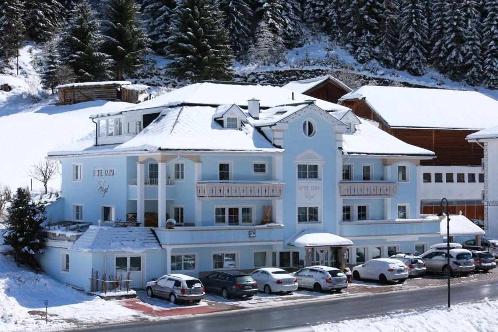 Hotel Garni Vogt during the winter