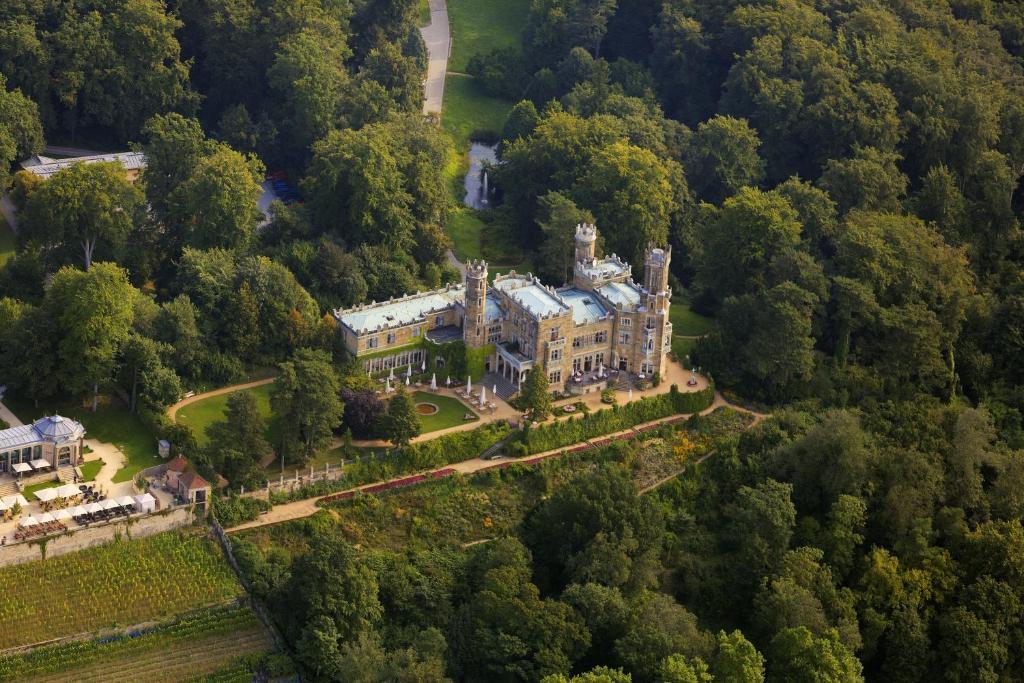 Blick auf Hotel Schloss Eckberg aus der Vogelperspektive
