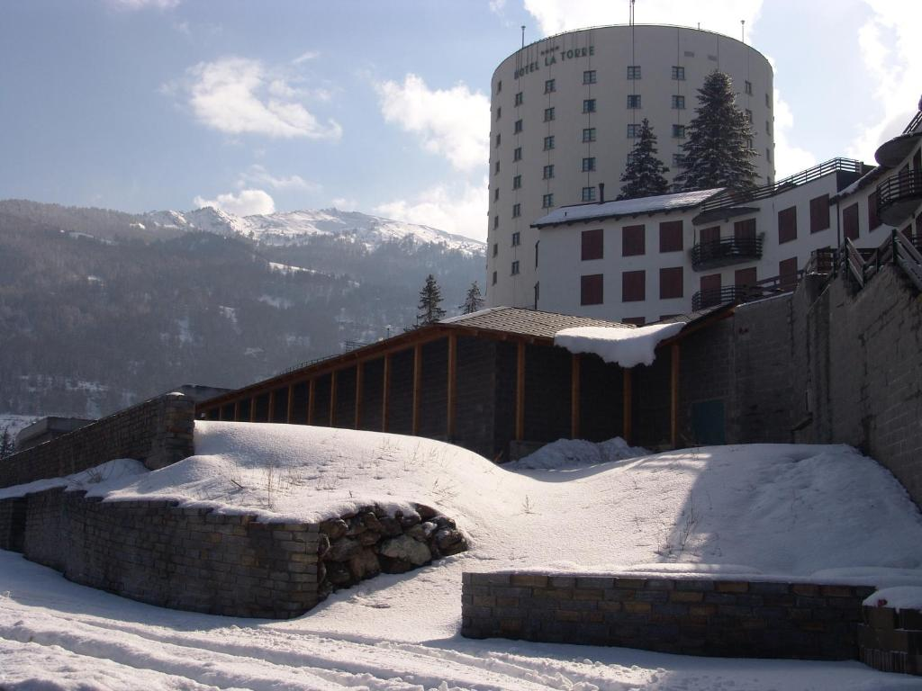 Hotel La Torre SPA & Restaurant during the winter