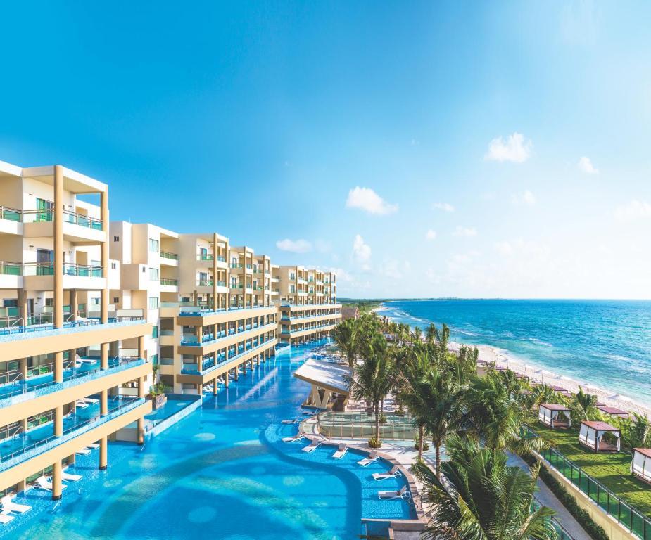 Piscina en o cerca de Generations Riviera Maya, Gourmet All Inclusive by Karisma
