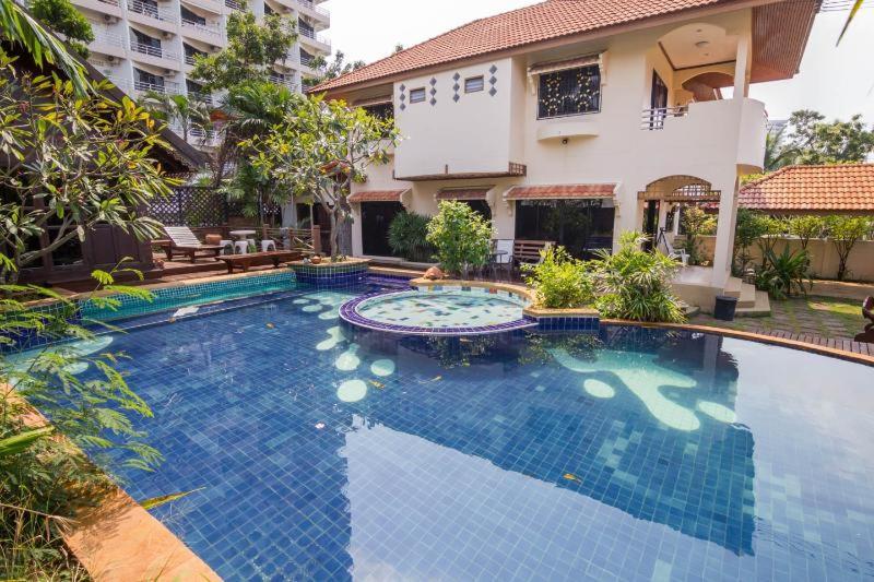 The swimming pool at or close to Villa Jade 4 Bedroom