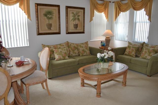 Executive Four-Bedroom Villa-LP04