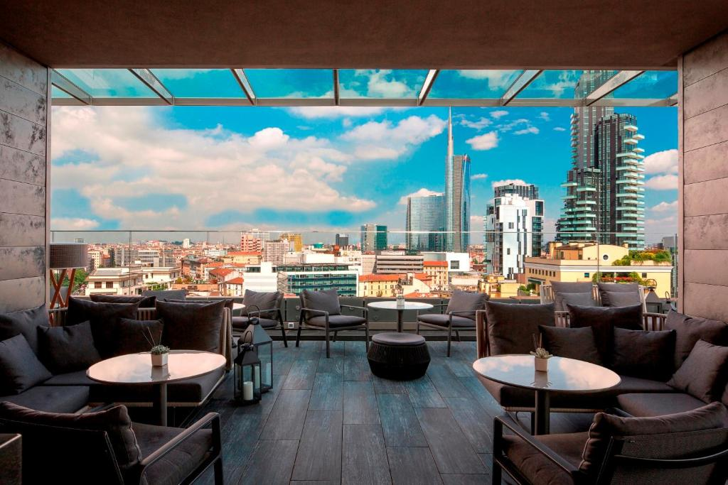 A balcony or terrace at ME Milan Il Duca