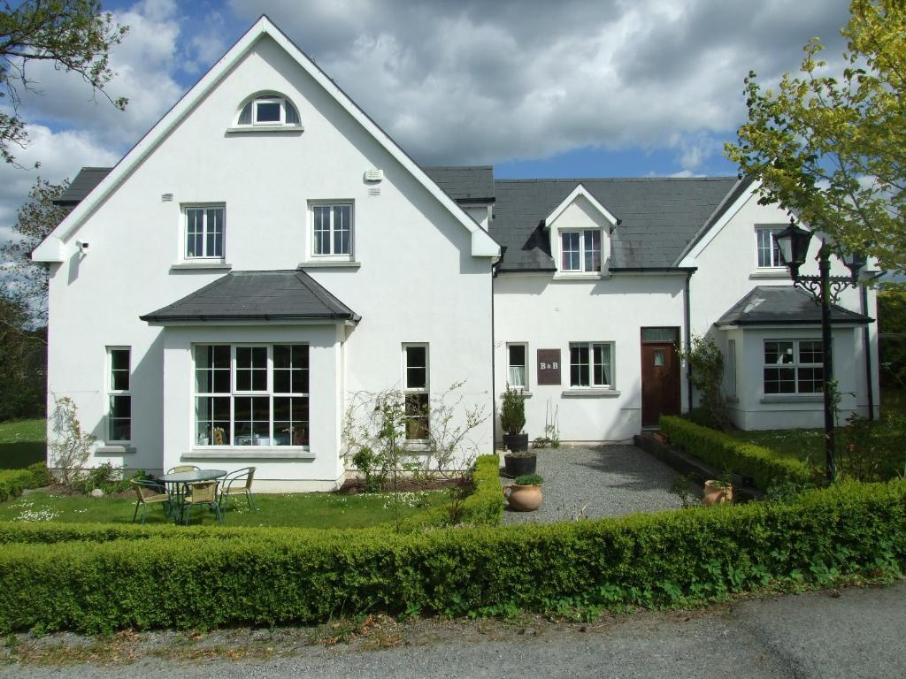 Bed and Breakfast Ballyderrin House, Tullow, Ireland