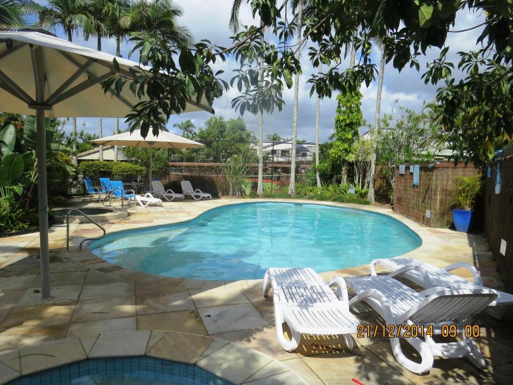 The swimming pool at or near Noosa Keys Resort