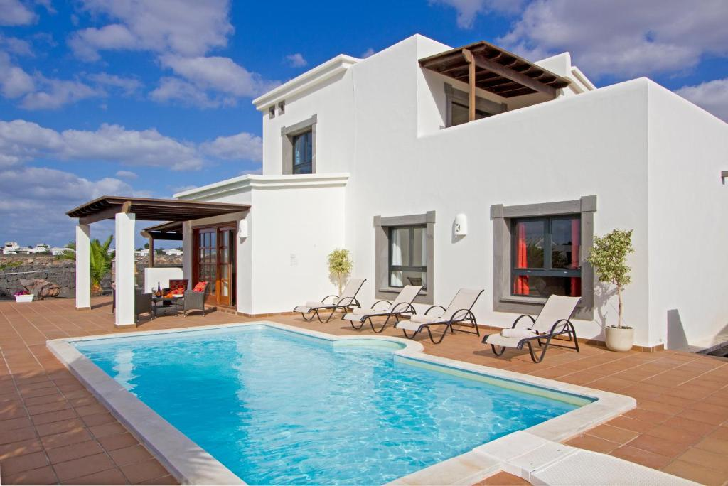 Villas Coral Deluxe, Playa Blanca, Spain - Booking.com
