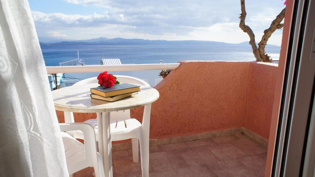 A balcony or terrace at Idi