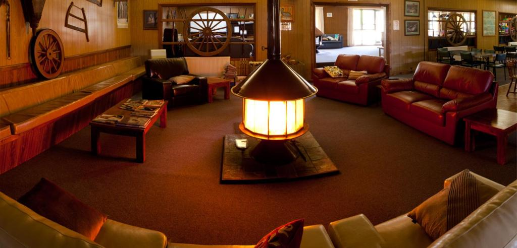 A seating area at Snowy Mountains Resort and Function Centre