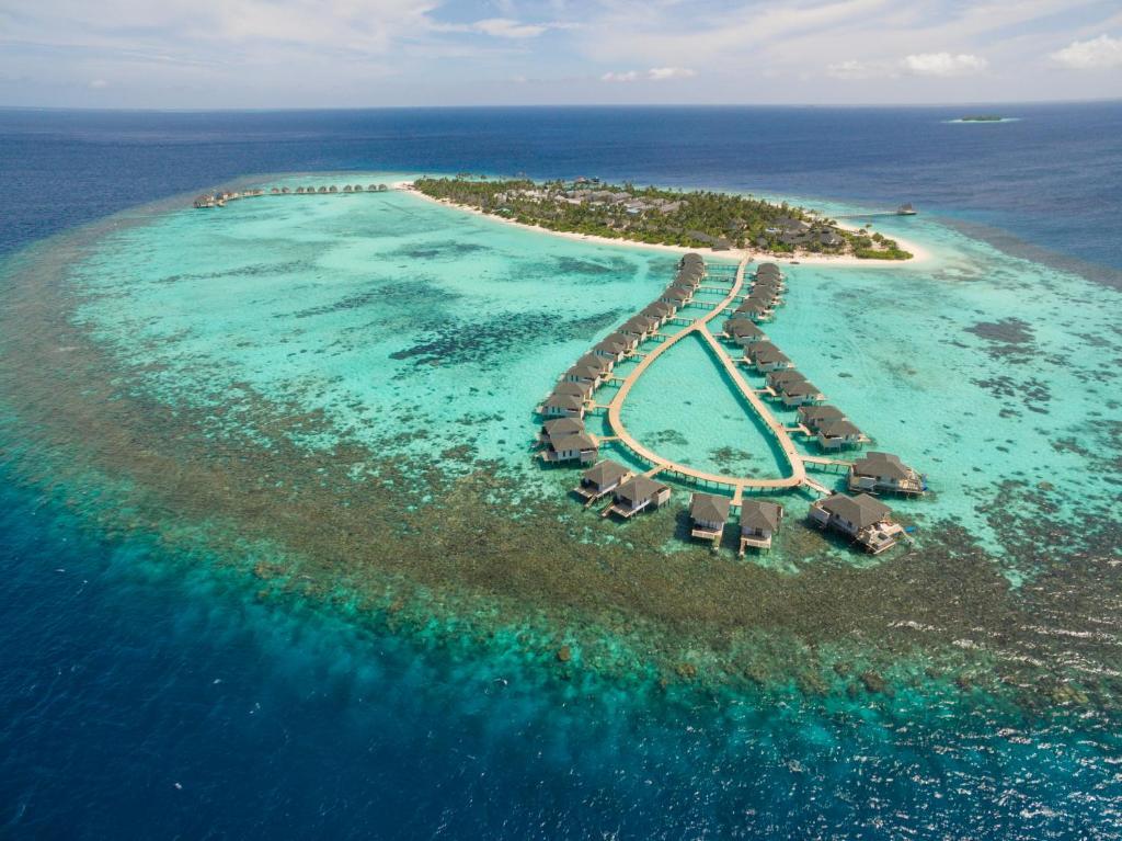 A bird's-eye view of Amari Havodda Maldives