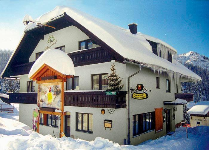 Landgut Hotel Plannerhof during the winter