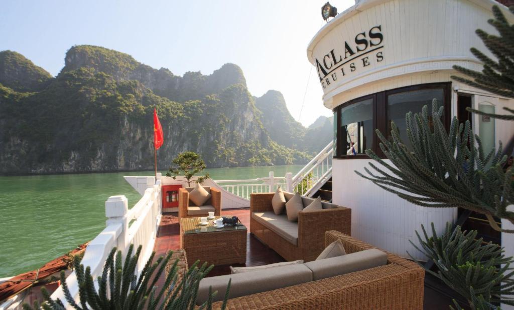 Aclass Opera Cruise