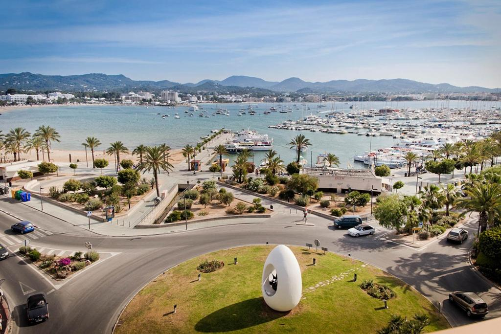 A bird's-eye view of Hotel Piscis - Adults Only
