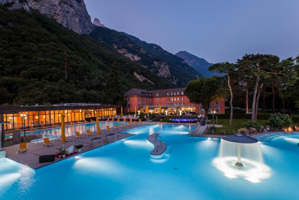 Piscine de l'établissement Grand Hotel des Bains ou située à proximité