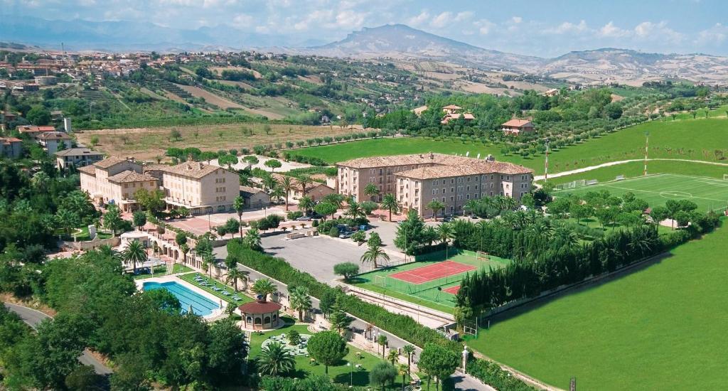 A bird's-eye view of Hotel Casale