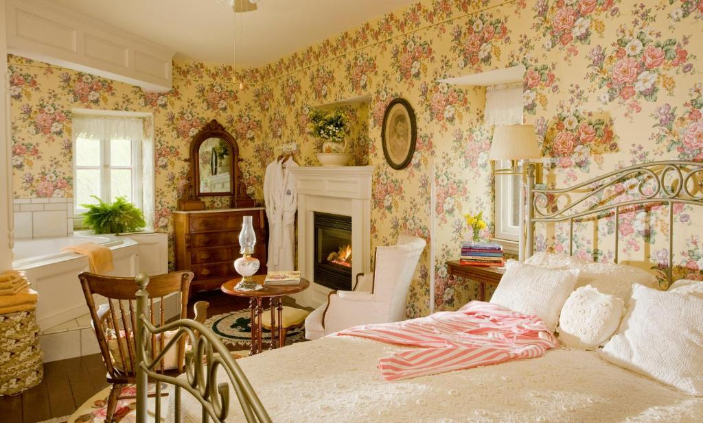 Garth Woodside Mansion Bed and Breakfast