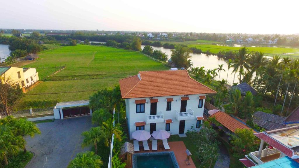 Hoi An Red Frangipani Villa