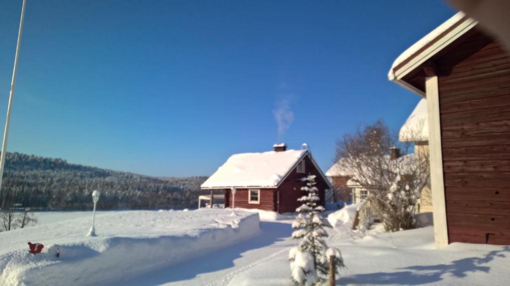 Holiday homes of Poro-Pekan Pirtti talvella