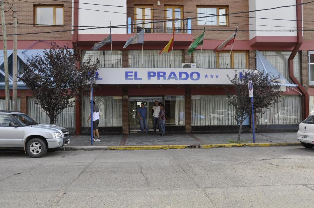 Hotel El Prado (Argentina Neuquén) - Booking.com