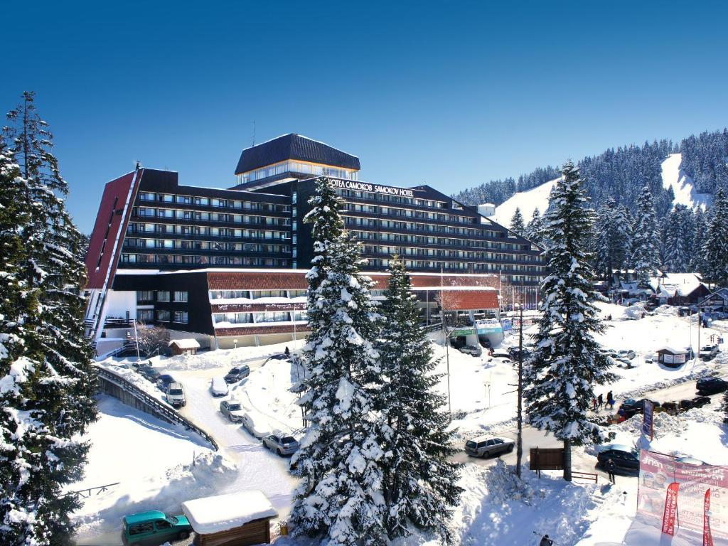 Hotel Samokov during the winter
