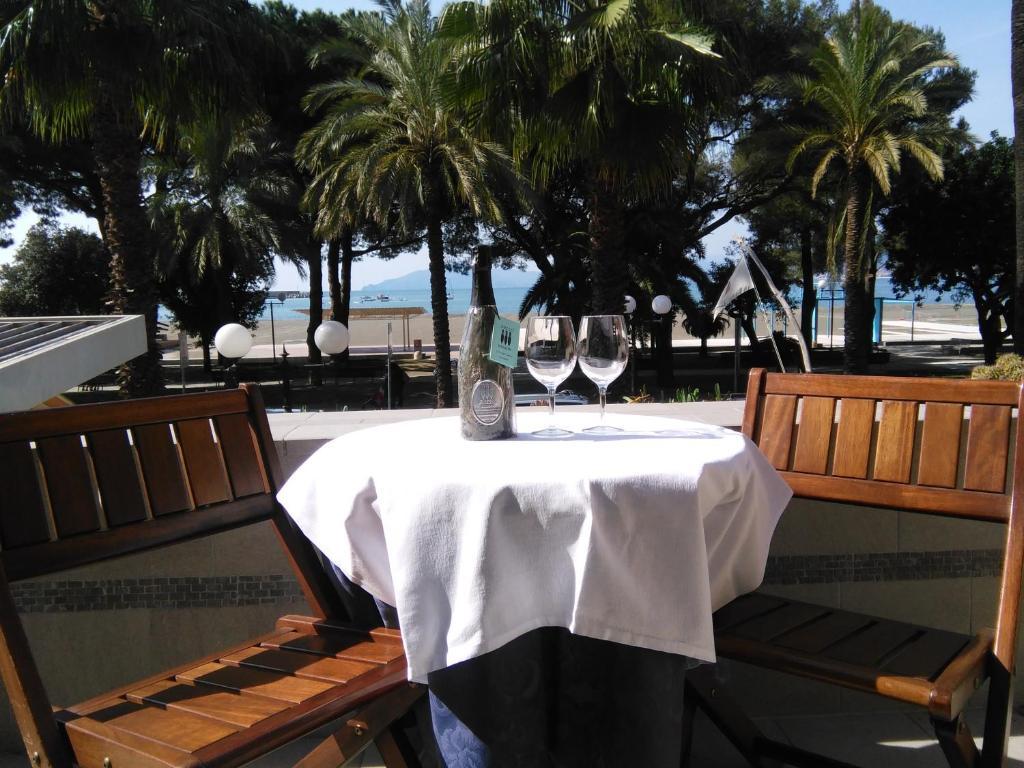 Εστιατόριο ή άλλο μέρος για φαγητό στο Ristorante Hotel Mira
