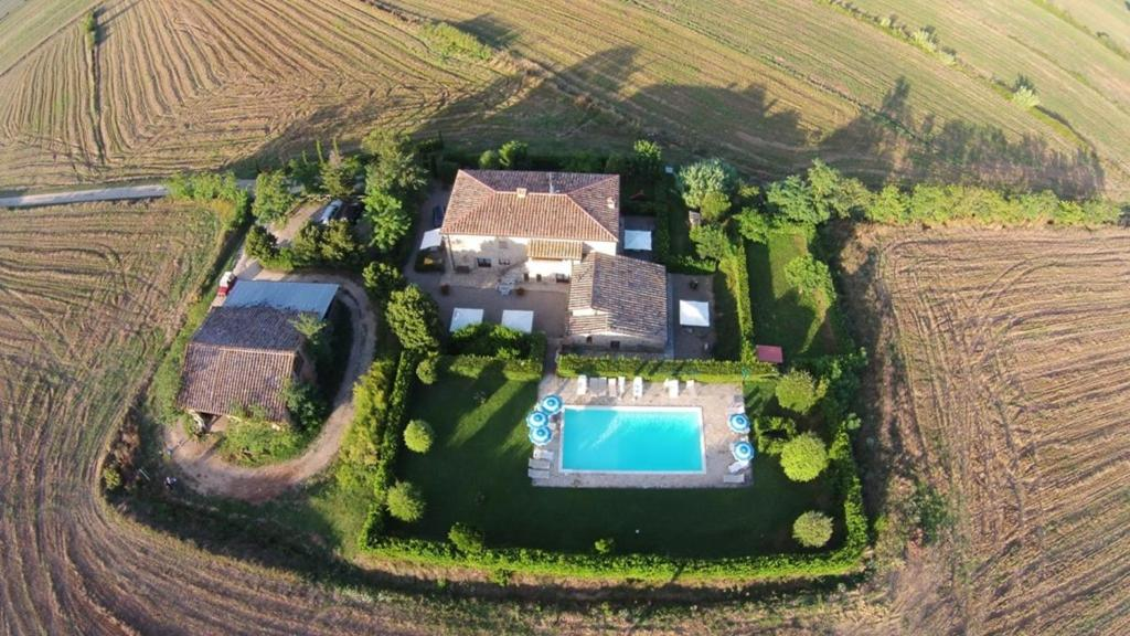 Een luchtfoto van Agriturismo il Canneto