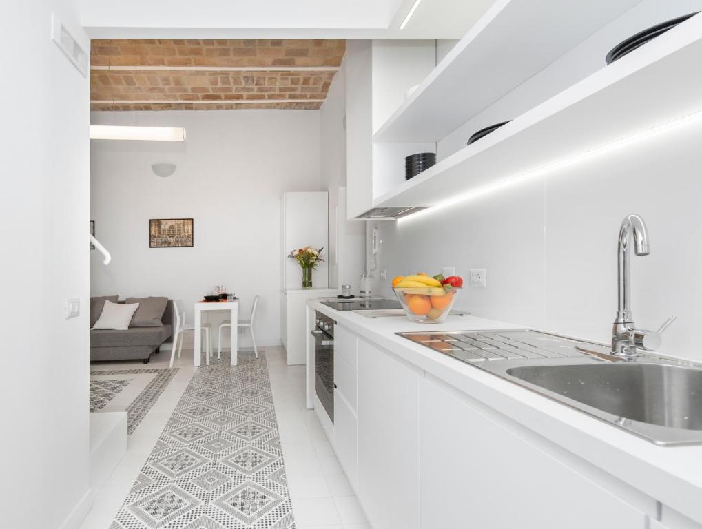 O bucătărie sau chicinetă la Vatican White Domus