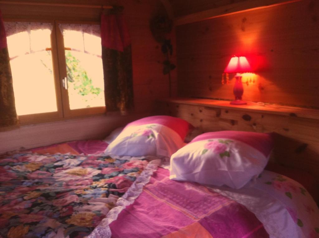 Chambres d'hôtes et Roulotte Jeandemai