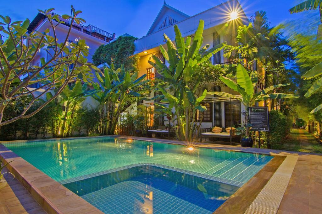 Piscina en o cerca de Apsara Centrepole Hotel