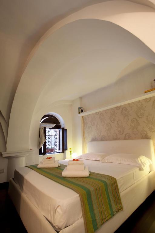 Colosseum Secret Apartment