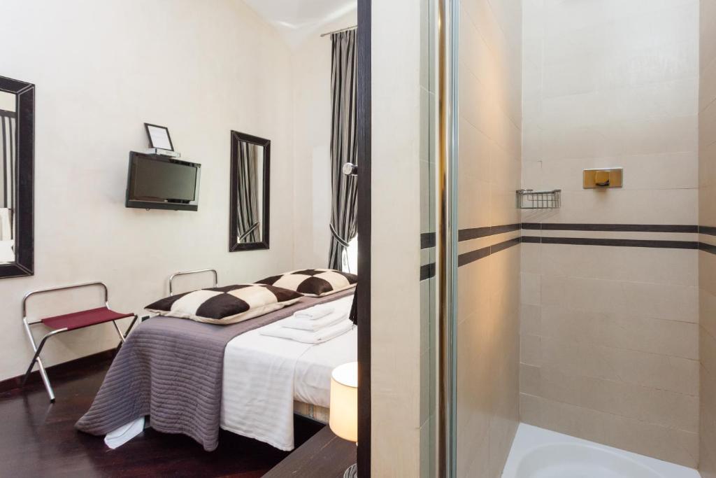 Ebony and Ivory Chic Apartment