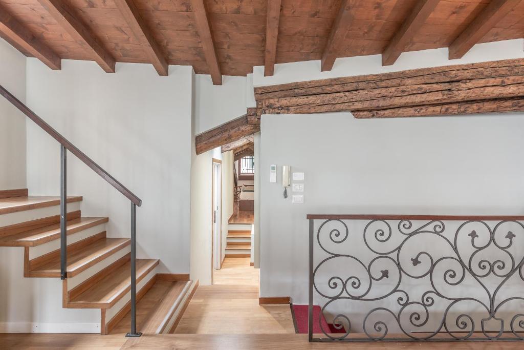 Cà Grassi Apartments