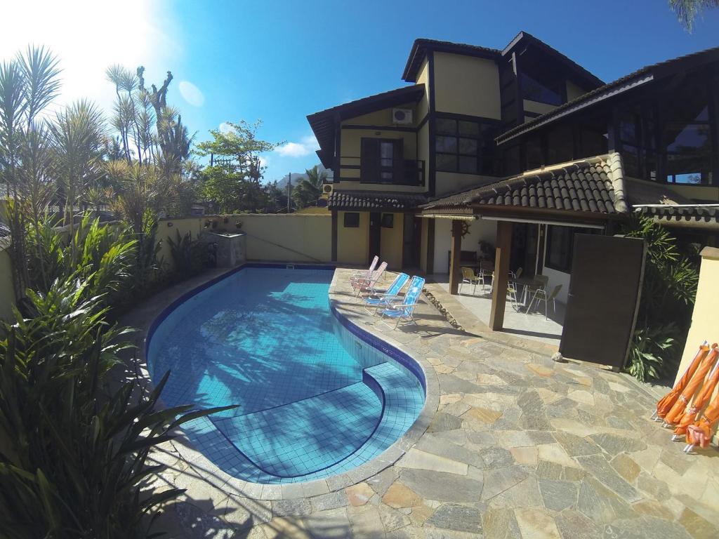 Bazén v ubytování Pousada Samburá nebo v jeho okolí