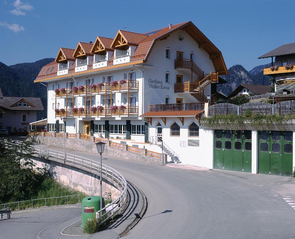 Gasthaus zum Weissen Kreuz