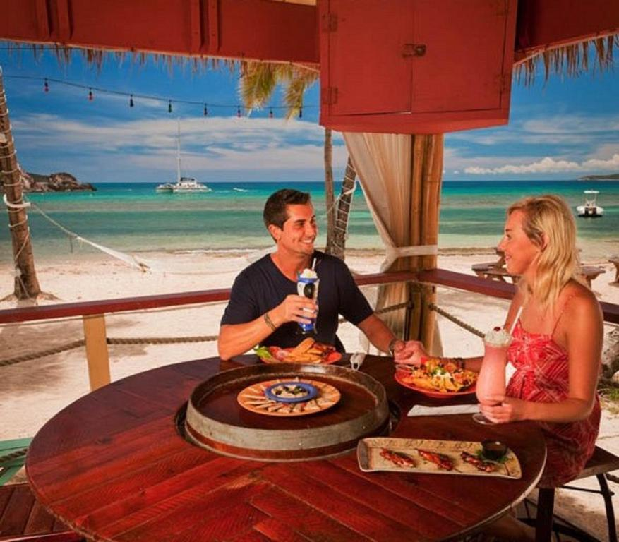 Bolongo Bay Beach Resort All Inclusive