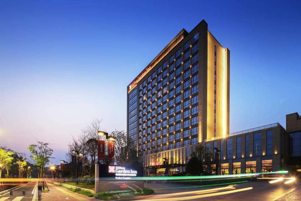 Hilton Garden Inn Fuzhou Cangshan China Booking Com