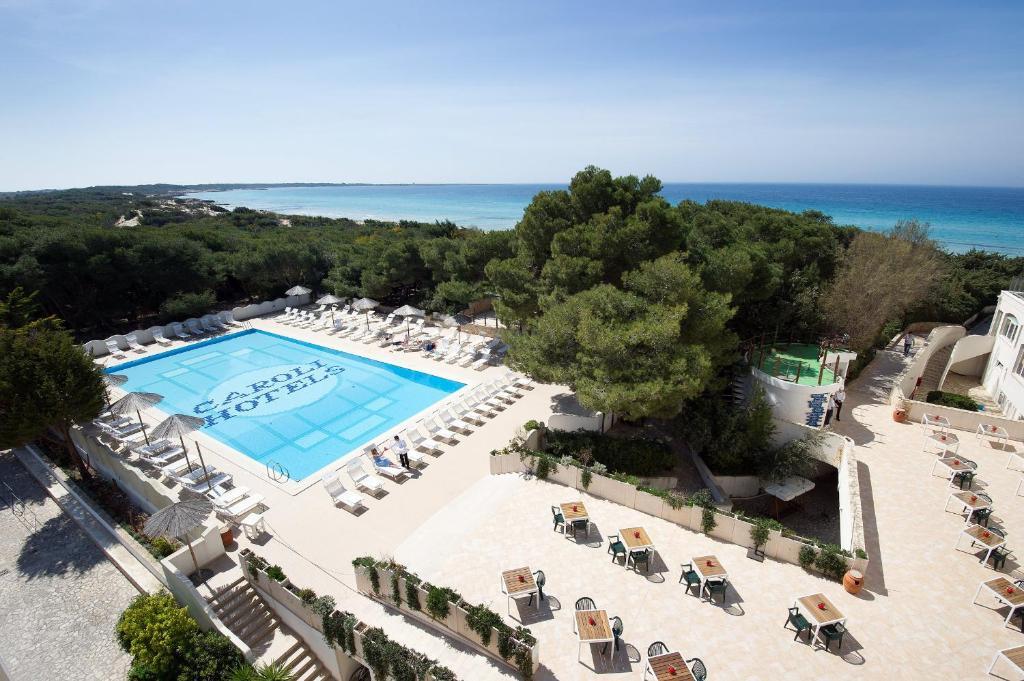 Vista sulla piscina di Ecoresort Le Sirene - Caroli Hotels o su una piscina nei dintorni
