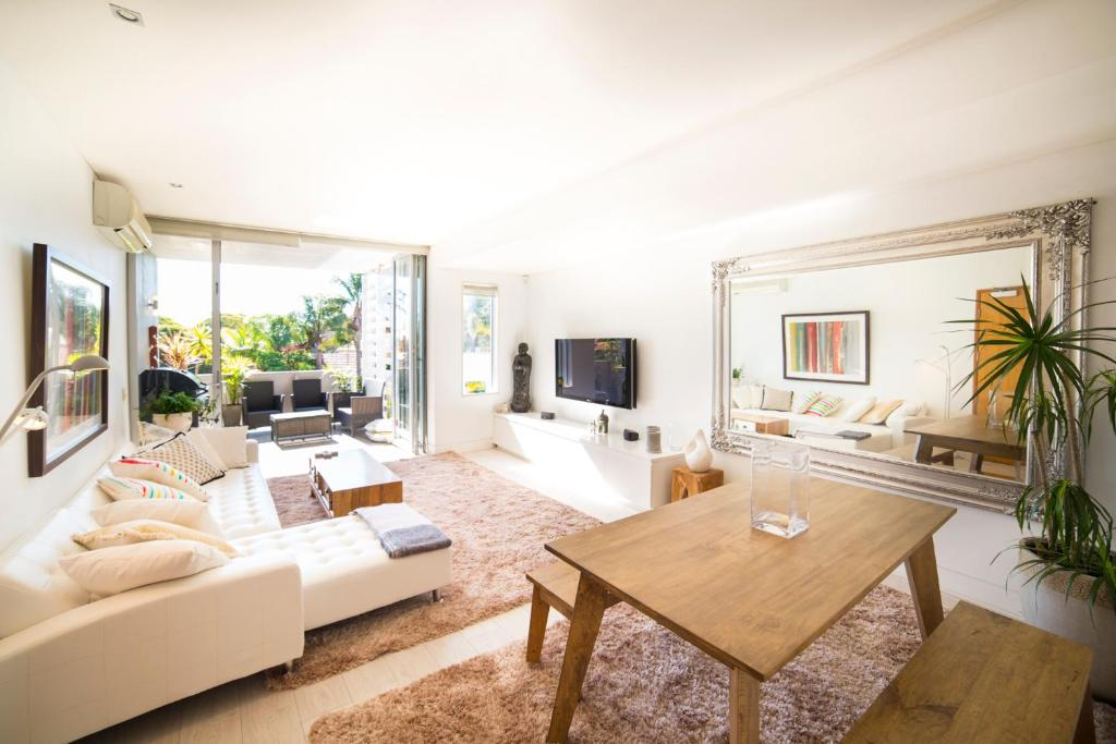A seating area at Bellevue Hill Designer - A Bondi Beach Holiday Home