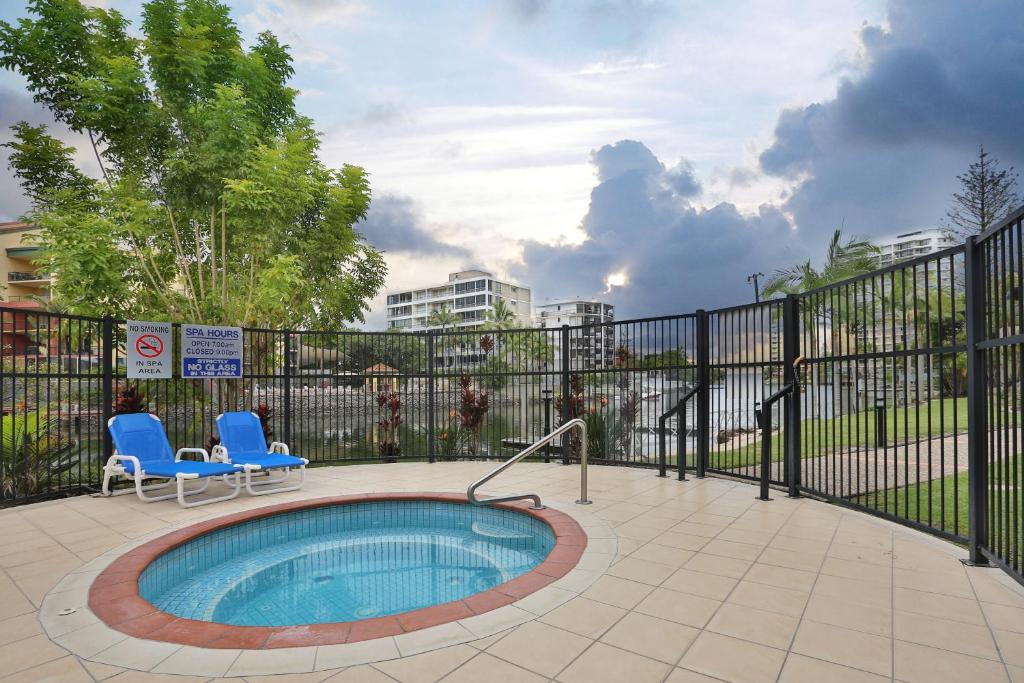 The swimming pool at or near K Resort Surfers Paradise Apartments