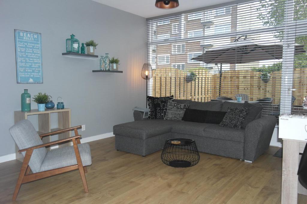 Un lugar para sentarse en Van Dijk Apartments