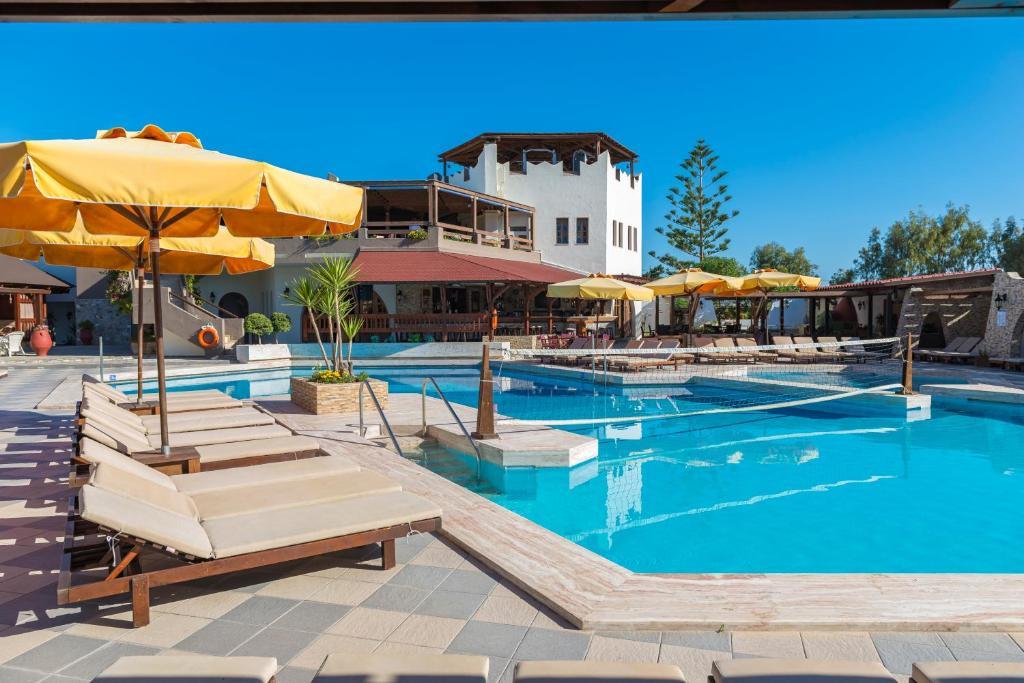 Het zwembad bij of vlak bij Gaia Garden
