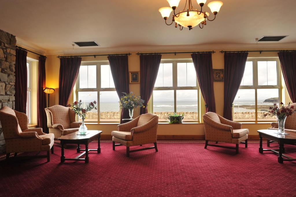 Fitzgeralds Hotel, Bundoran, Ireland - uselesspenguin.co.uk