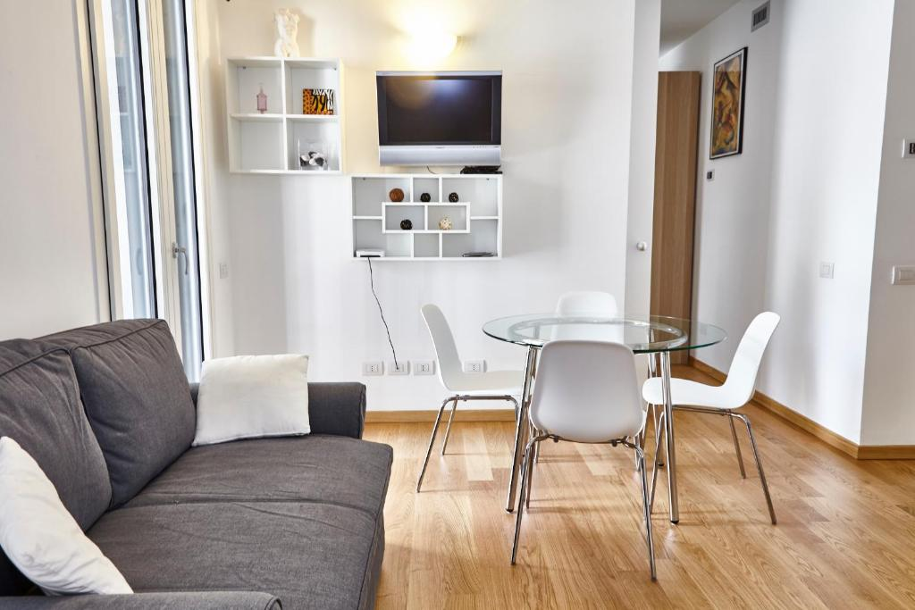 The lounge or bar area at Central Station Milano Suites & Apartments