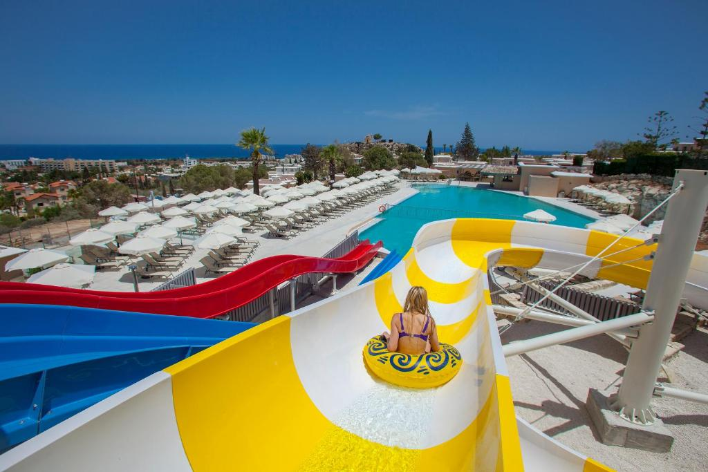 Louis St. Elias Resort & Waterpark