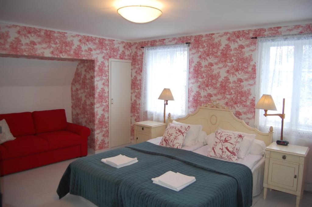 En eller flere senger på et rom på STF Vickleby Bo Pensionat