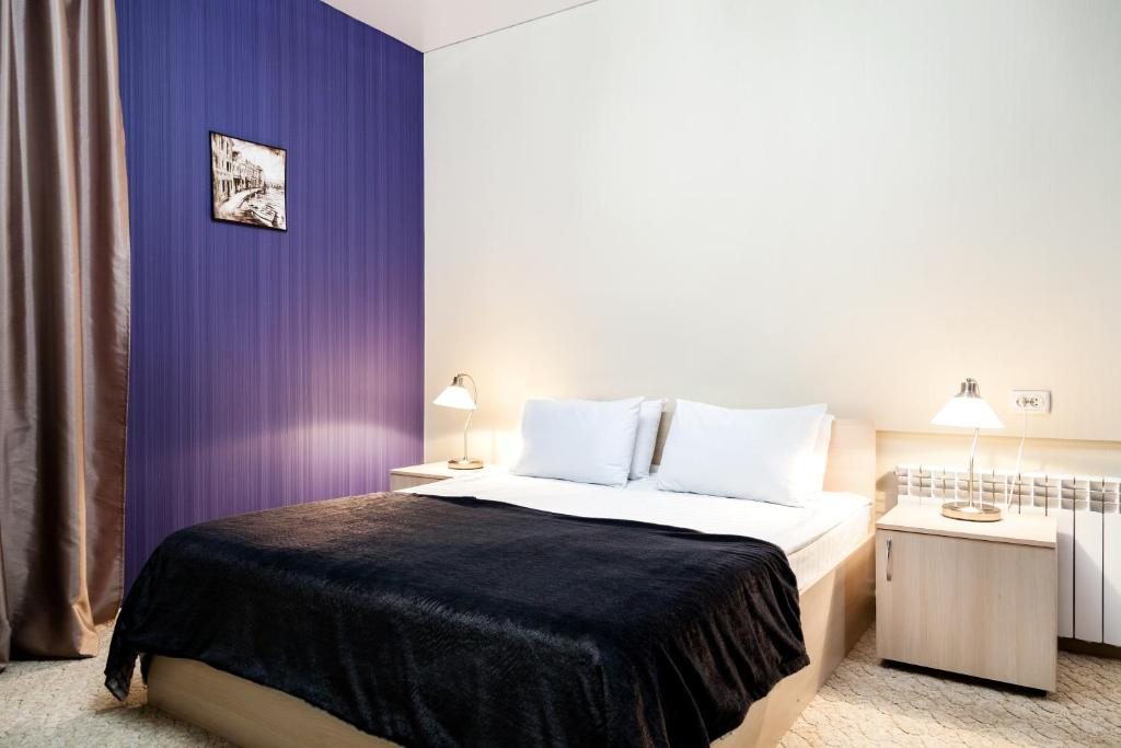 A room at Lexx Hotel
