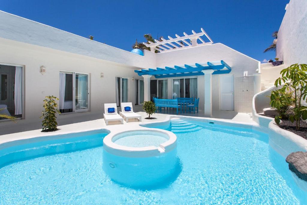 Villa Clara (España Corralejo) - Booking.com
