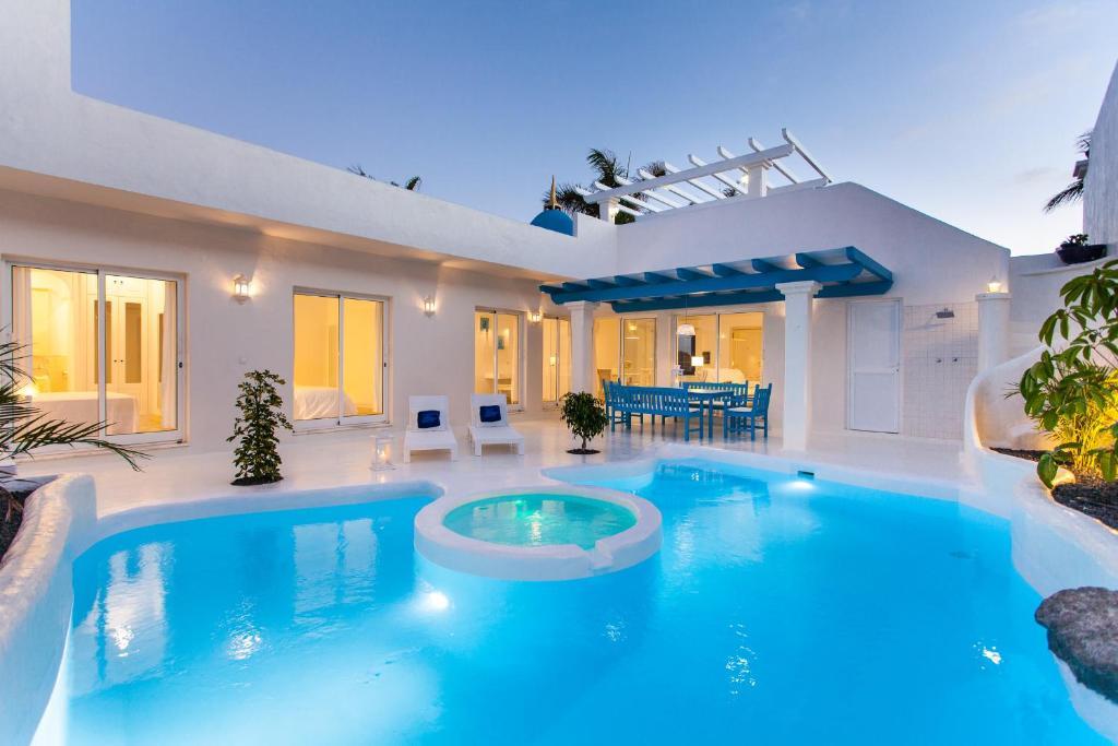 Villa Clara (Spanje Corralejo) - Booking.com